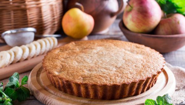 עוגת תפוחים בחושה