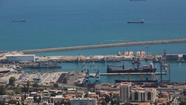 עובדים בשבת? נמל חיפה