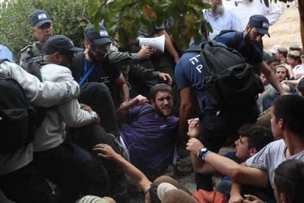כוחות המשטרה פינוי נתיב האבות