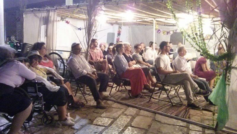 ראש יהודי׳ מציג: הסוכה של תל אביב
