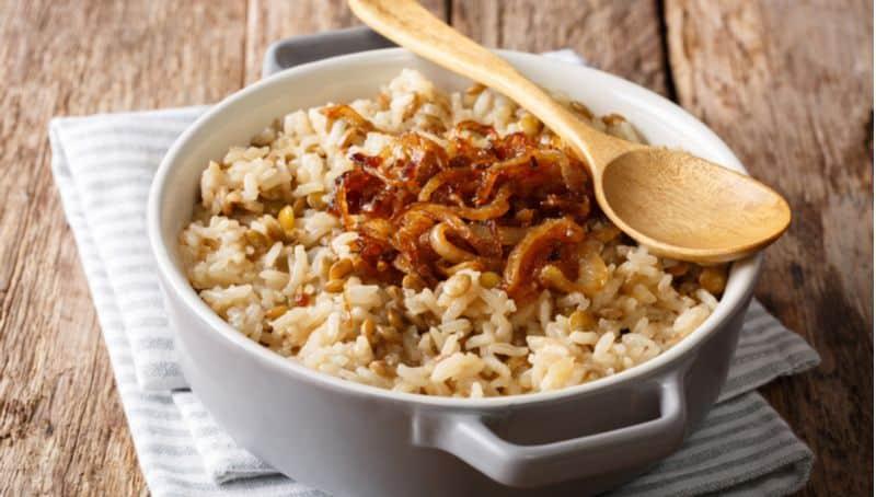 אורז עם בצל ופטריות