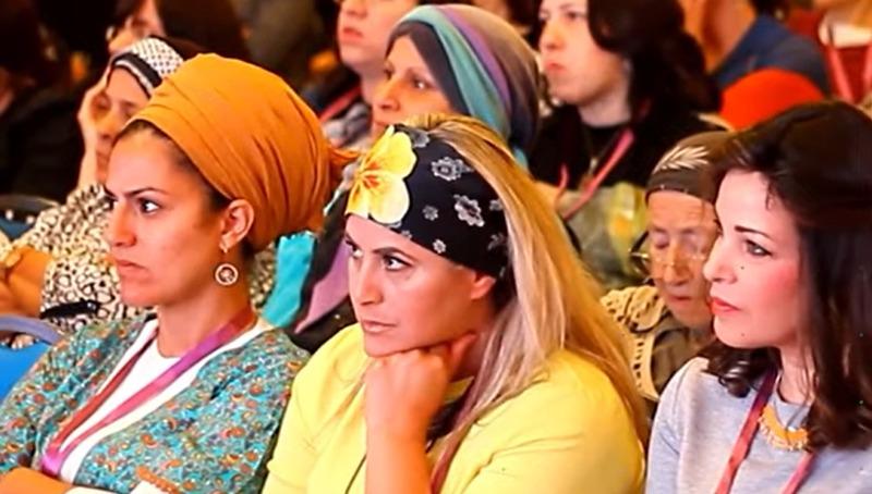 נשים בהרצאה