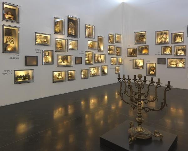 חנוכיות במוזיאון ישראל