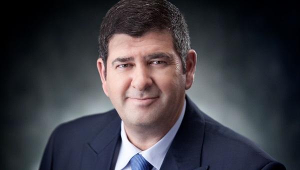 מתנגד לקהילה האנגלוסקסית בגבעת שמואל ראש העיר יוסי ברודני