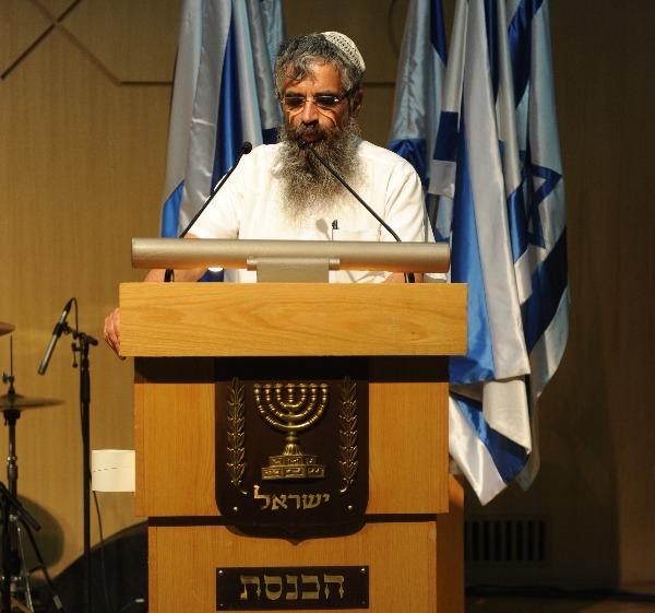 """החקיקה בארה""""ב לא תואמת את ההלכה היהודית. הרב יובל שרלו"""