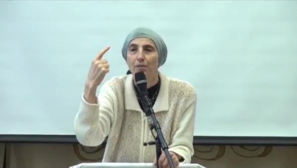 """""""אנחנו לא לחוצות לשוויון בתפקידים"""". הרבנית איצקוביץ"""