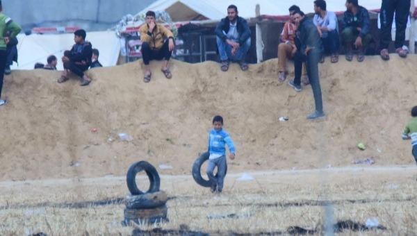 חמאס שולח ילדים לגדר. ההפגנות ברצועת עזה