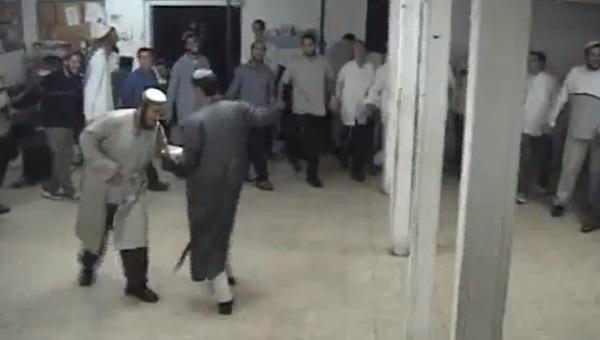 הרב רזיאל בריקוד מימיו בגוש קטיף