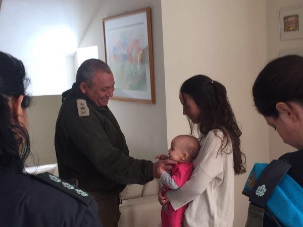 """במהלך פגישה עם משפחתו של ינאי טוביה ויסמן ז""""ל"""