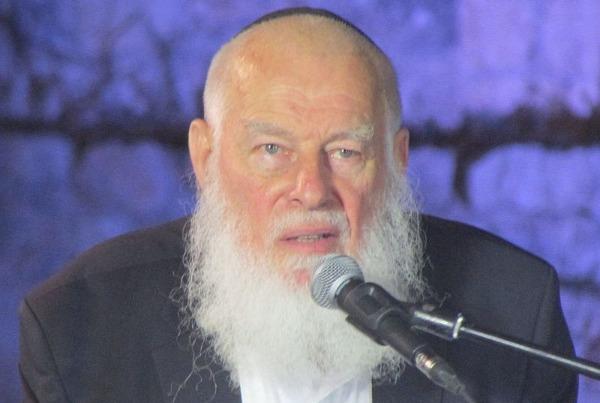 אחד ממובילי האמנה. הרב צוקרמן