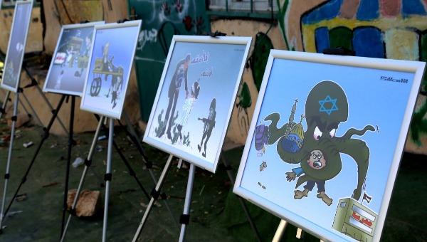 הציורים בתערוכה