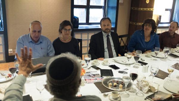 מפגש הכתבים הדתיים עם שגריר האיחוד האירופי