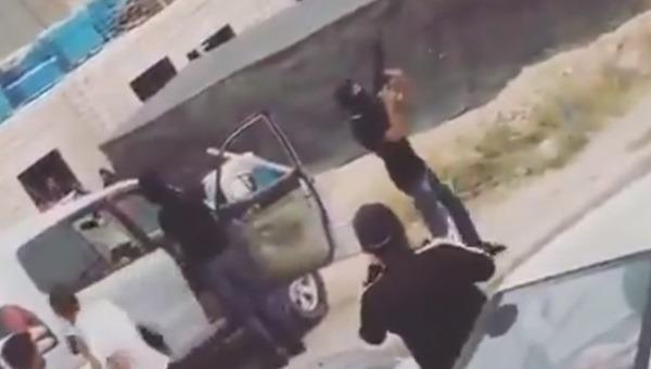 ארגוני הפשע הערבים והבדואים שמים זין על המשטרה והחוק-הגיע הזמן להחזיר מלחמה ! 296342_887d0d11a3b92fb9643f02a82173c54a