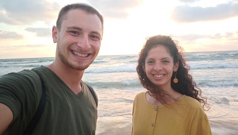 מיטב עובדיה ובן זוגה