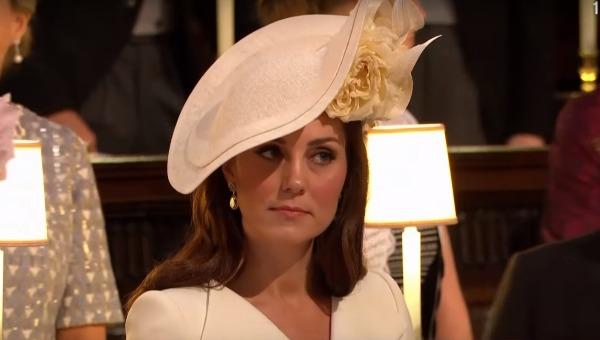 קייט מידלטון בחתונת מרקל והנסיך הארי