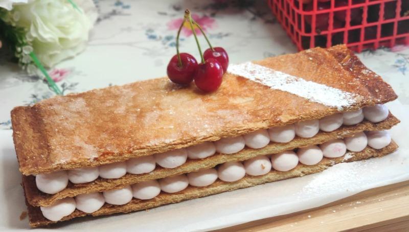 עוגת אלף העלים - קרם שניט