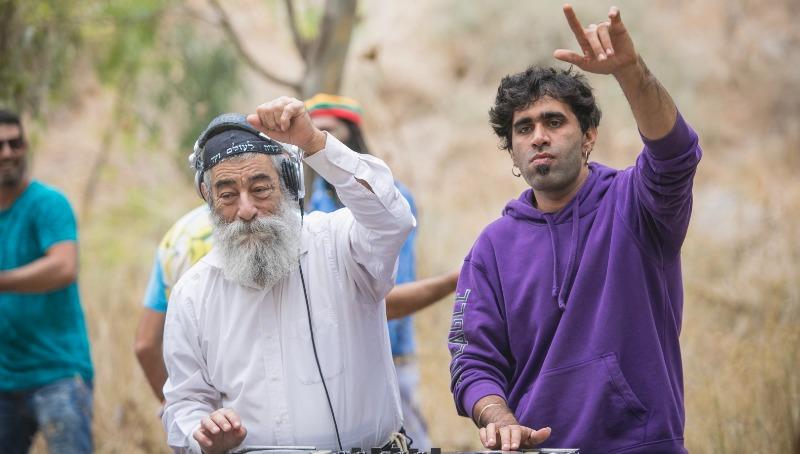 אריאל זילבר ושי משה המפיק