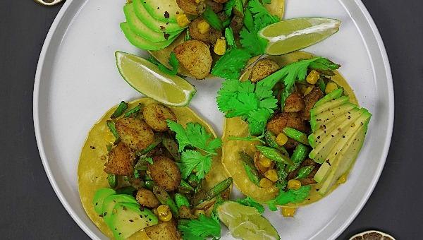 טורטיות תירס עם תפוחי אדמה פריכים
