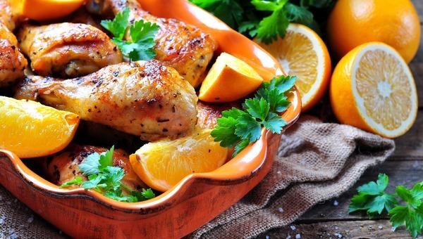 עוף ופירות