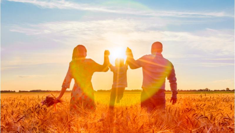 הורות וזוגיות - 7 מיתוסים נפוצים שצריך לבחון מחדש