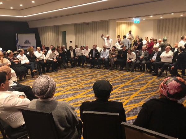 מוצאי שבת יהודית בחיפה