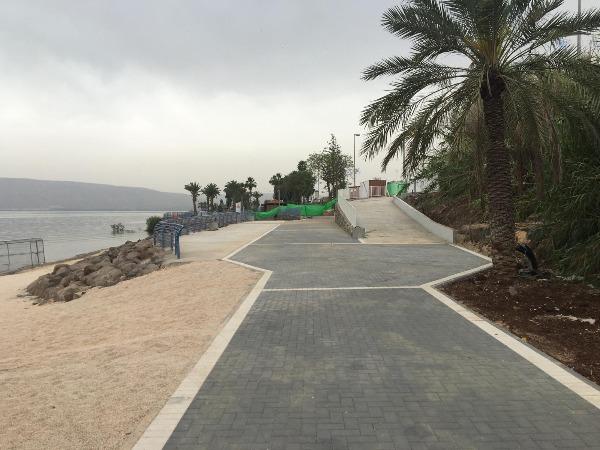 החוף לאחר השיפוץ