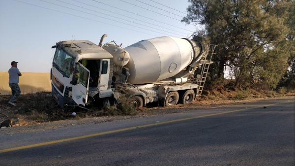 המשאית במקום
