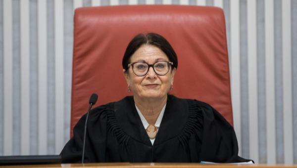 שופטת בית המשפט העליון, אסתר חיות