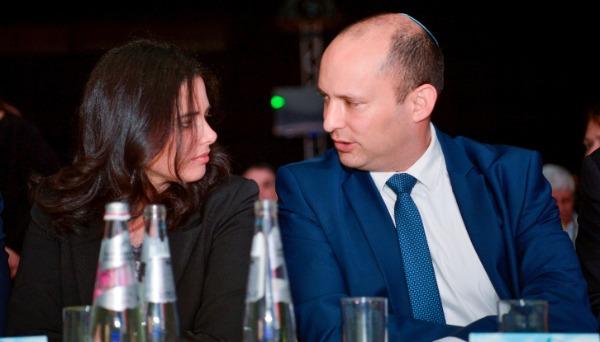 עשרת הפוליטיקאים שתמיד באים בזוג