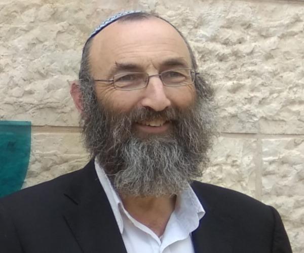 הרב מנחם פרל, ראש מכון צומת