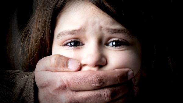 מדוע ישנה שתיקה מאונס הילדה?