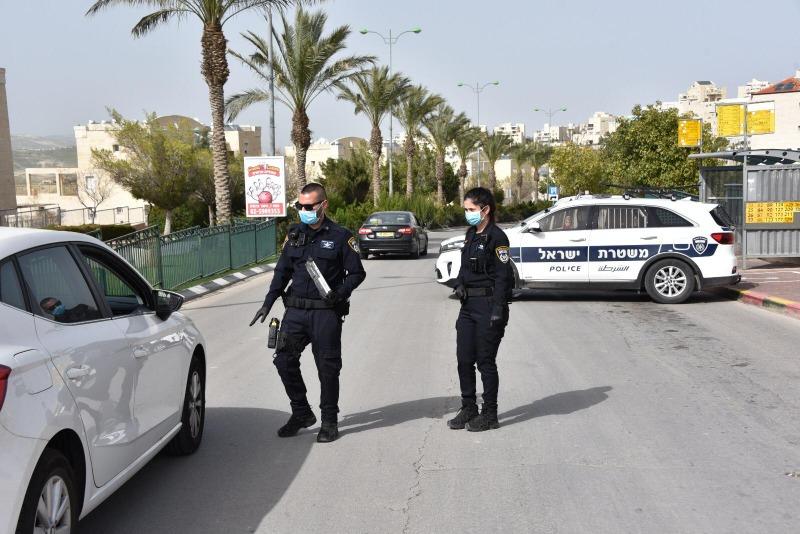 המשטרה נגד הקורונה