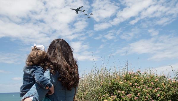צופים במטס חיל האוויר
