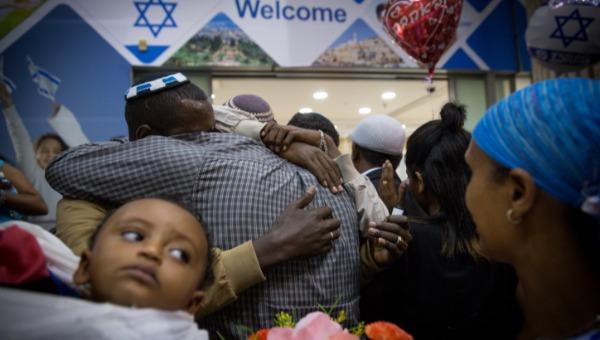 הגיע הזמן לשילוב ביתא ישראל במפלגות הציונות הדתית. למצולמים אין קשר לנאמר בכתבה