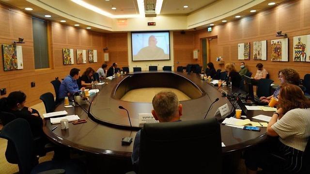 ישיבת ועדת החינוך, היום