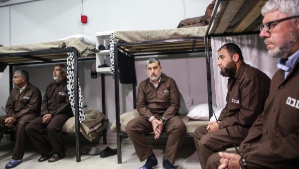 מחבלים הכלואים בישראל, ארכיון