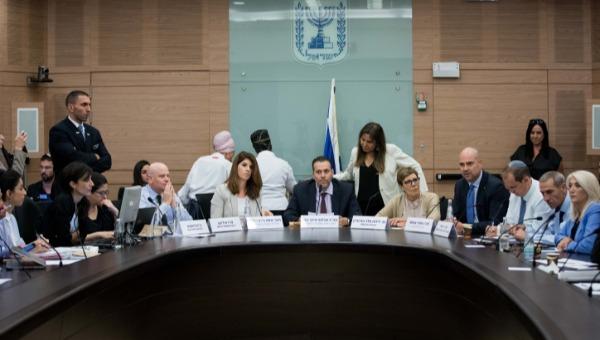 הדיון בוועדה על חוק המצלמות