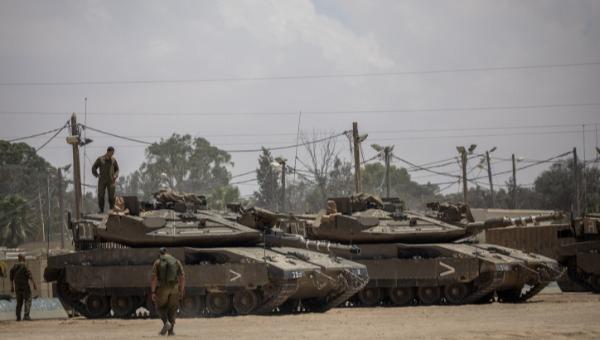 טנקים בגבול רצועת עזה. ארכיון