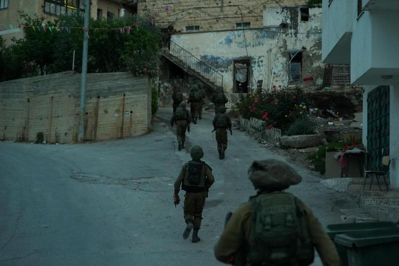 החיילים במהלך המצוד אחר המחבל