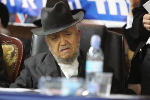 הרב מאיר מאזוז. הורה לא להתפטר