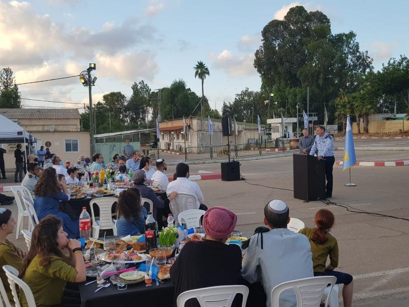 הטקס בבסיס הרבנות