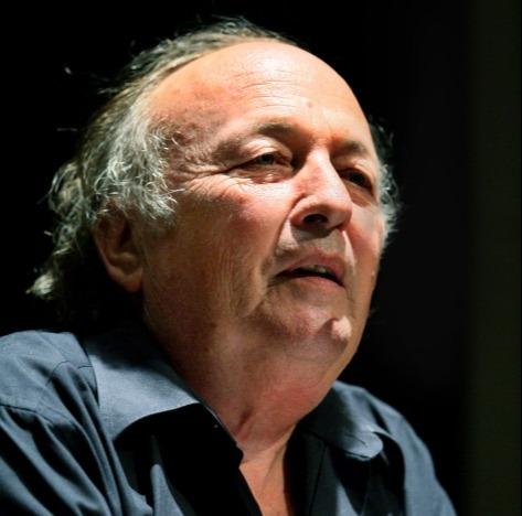 הסופר יאיר גרבוז