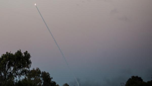 שיגורים ויירוטים בשמי הדרום. ארכיון