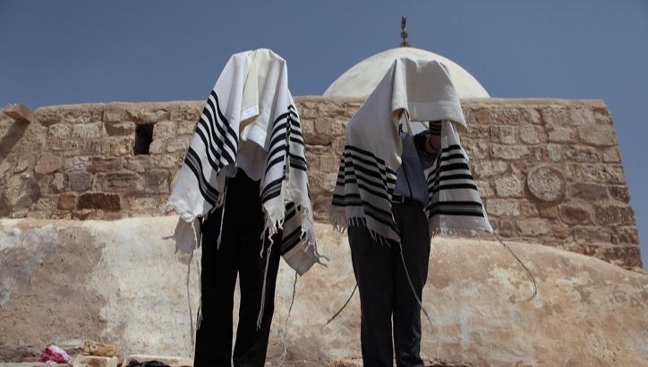 ברכת כהנים בקבר אהרן הכהן