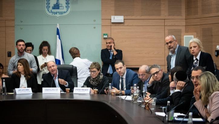 הוועדה המסדרת דנה בהצעת החוק לפיזור הכנסת