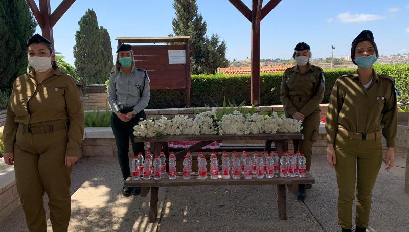 בתי העלמין הצבאיים נערכים ליום הזיכרון בצל הקורונה