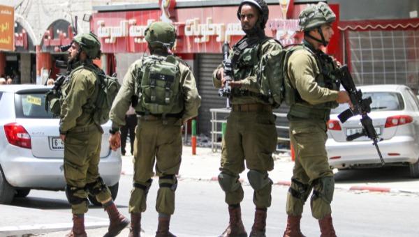 חיילים במחסום חווארה. ארכיון