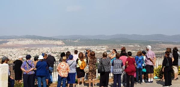 אלפי מטיילים באתרי התיירות בגוש עציון