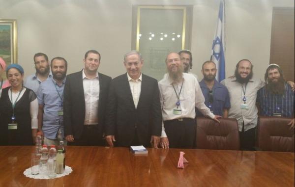 מפוני שא-נור בפגישתם עם ראש הממשלה נתניהו