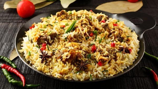 אורז מטוגן חגיגי